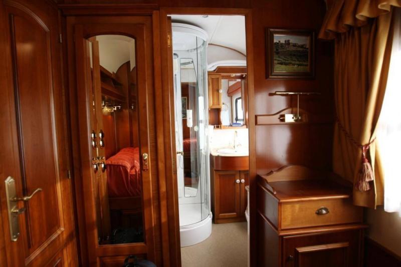 Trenes Turísticos de Lujo: Exclusividad y Prestigio sobre Ruedas – Parte I