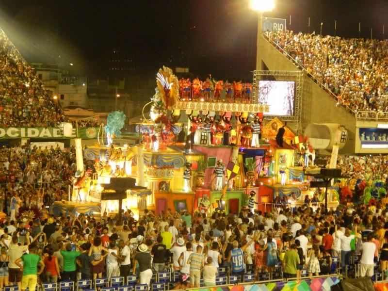Carnaval de Río de Janeiro: desfile de las escuelas de samba