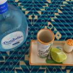 Caballito de tequila con limón y sal