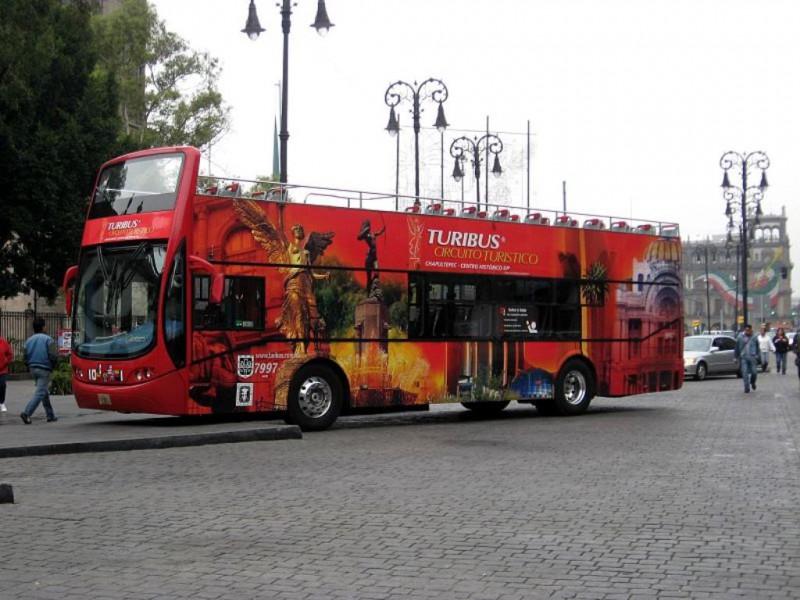 800px-TourbusDF