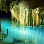 Descubra el sistema de cuevas de Río Secreto