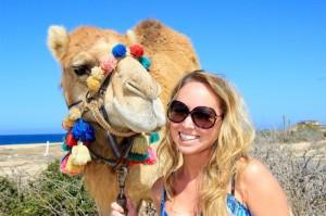 Actividades en Los Cabos: paseo en camello por el desierto