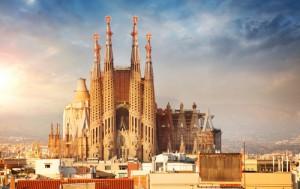 Aventúrese a viajar a Barcelona desde Madrid