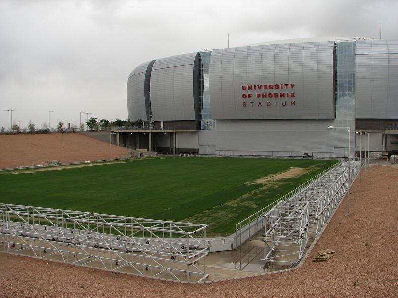 1200px-University_of_Phoenix_Stadium_field_01